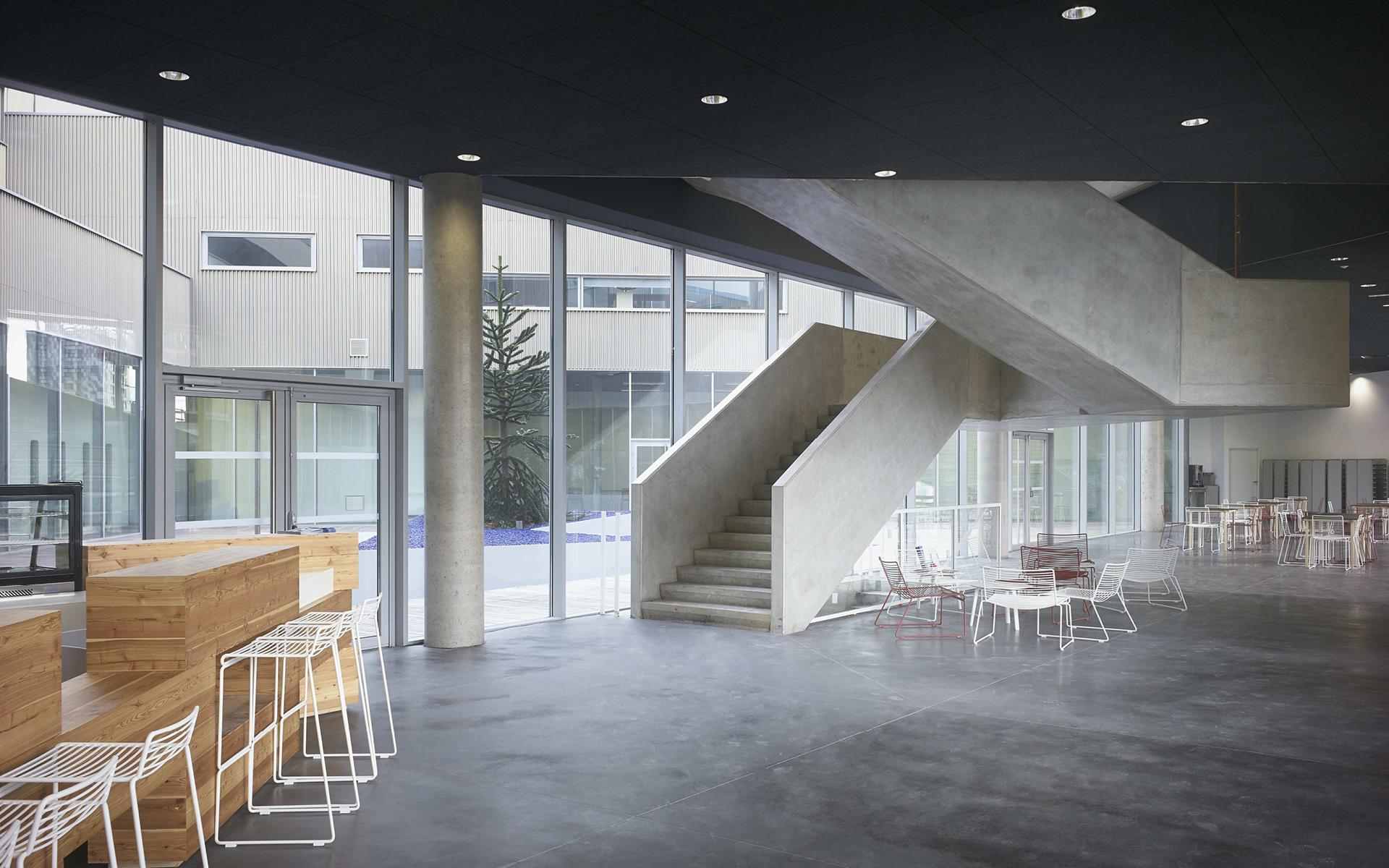 Jds architects maison st phane hessel for Auberge de jeunesse la maison